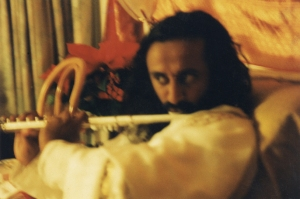 guruji-playing-the-flute